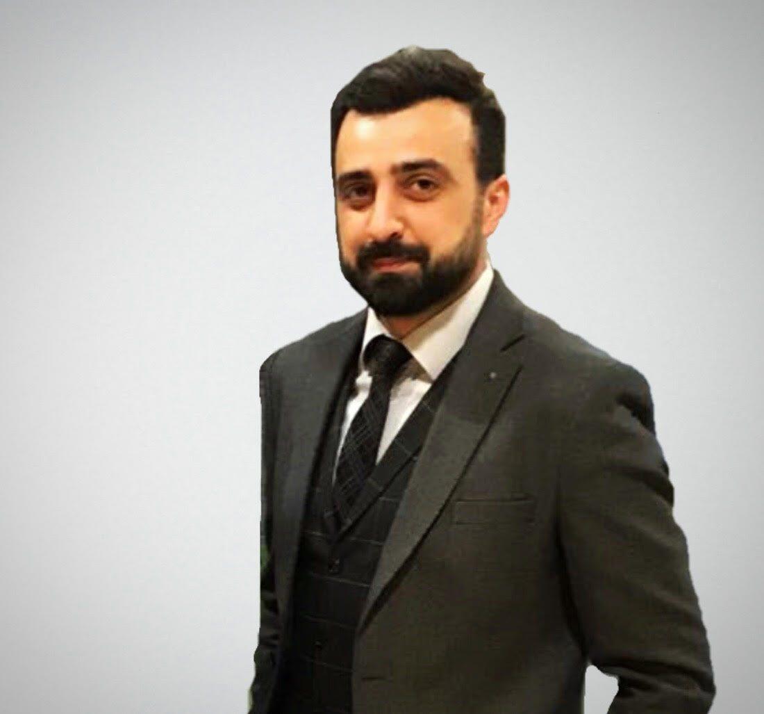 Şunun resmi: Ahmet Şimşek